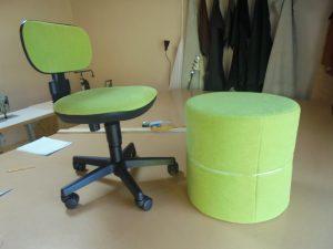 Výroba podnožníku a přečalounění židle do dětského pokoje v barvě zelené