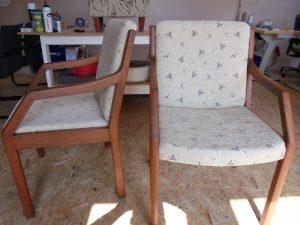 Renovace historických křesel-židlí