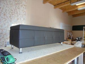 XXL taburet před postel s úložným prostorem